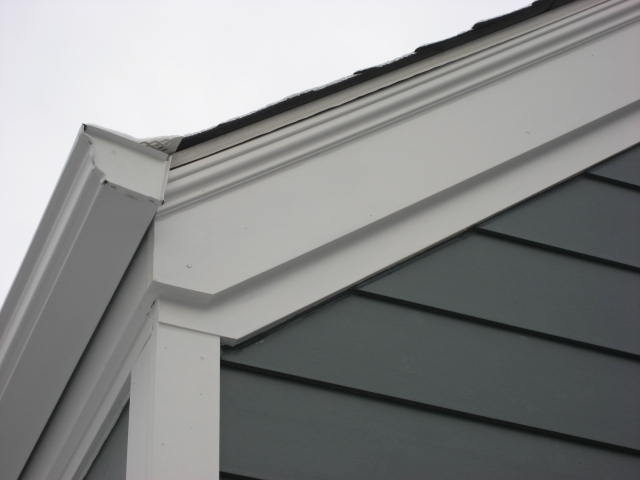 Exterior window trim colonial - Stepped Fascia W Shingle Mould Amp Gutter